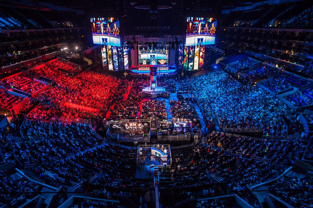Cover image for Why Only Now Are eSports Taking Off?